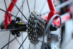 close-up-of-bicycle-wheel-with-chain (1)